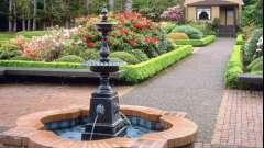 Фонтани для дачі та саду: дзюркотливі мелодії на вашій ділянці