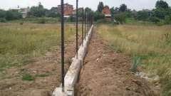 Ідеальний фундамент під цегляний паркан