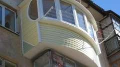 Оздоблення балкона зовні