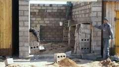 Стіни для гаража з шлакоблоку