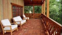 Тераса або веранда: як удосконалити заміський будинок?