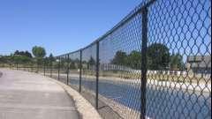 Варіанти установки парканів з використанням сітки рабиці