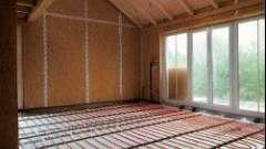 Вибір труб і підстави для поверхні теплих підлог: що ж віддати перевагу?